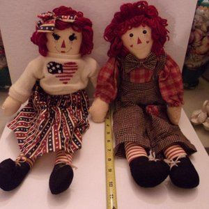 VINTAGE RAGGEDY ANNE & ANDY. SHELF 1-1